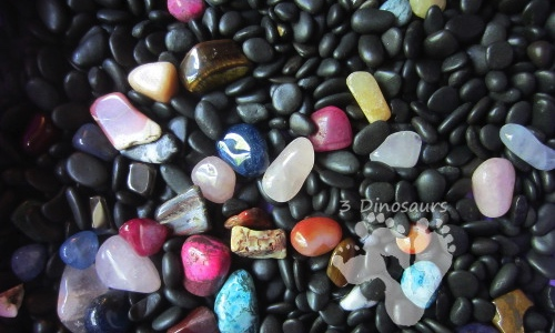how to make your own rock sensory bin