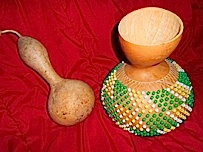 A shakere made from a gourd